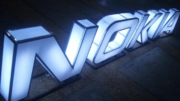 Nokia vai voltar ao mercado dos telefones