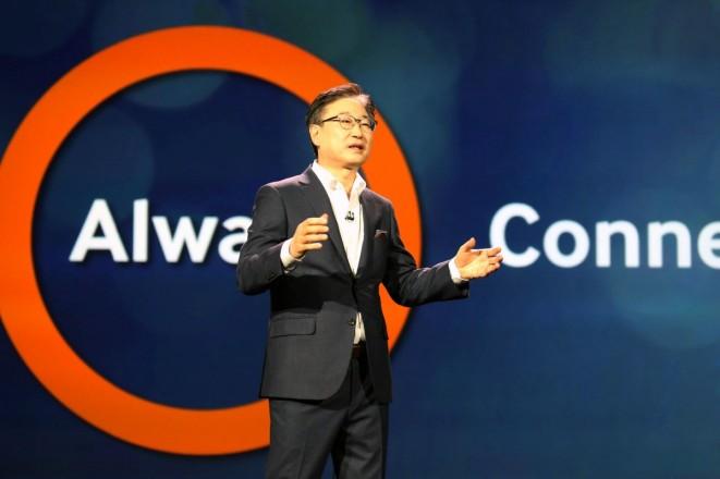 BK Yoon,_CEO_Samsung Electronics@Keynote_5 (Custom)