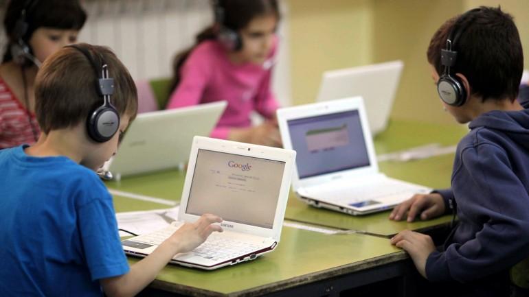 FCT disponibiliza meio milhão de euros para Projetos de Inclusão e Literacia Digital
