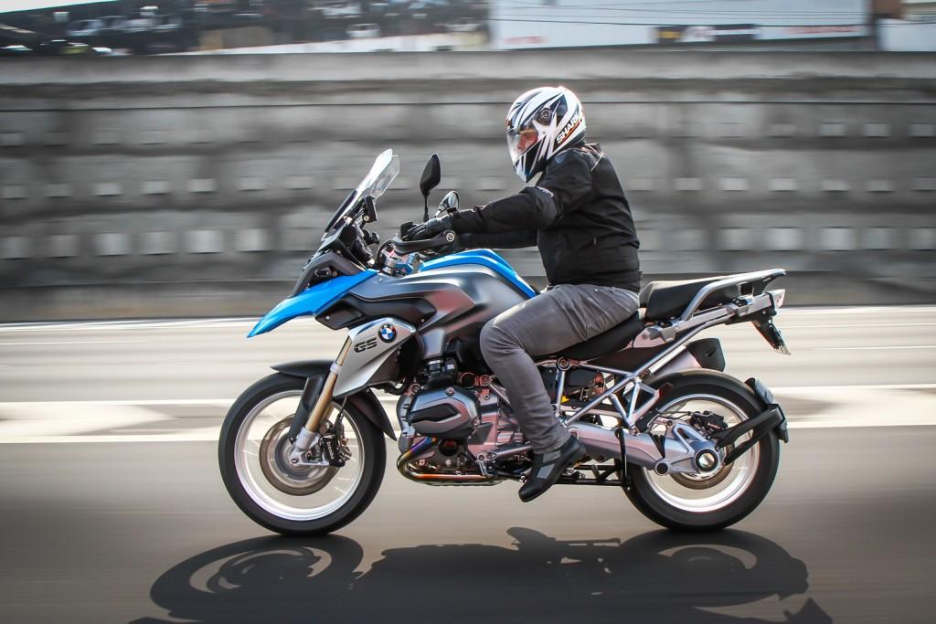 Portugueses criam sistema para alerta de acidentes para motos