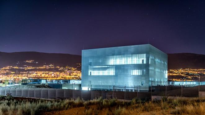 datacenter12b.jpg