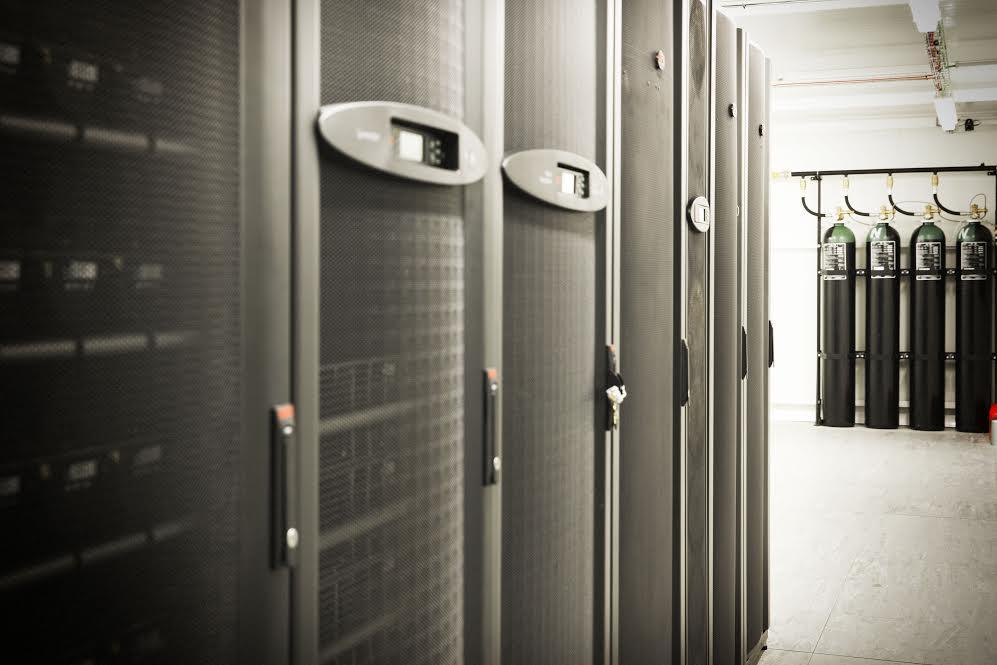Decunify implementa Data Centers de dois Centros Lógicos da Sonae Distribuição
