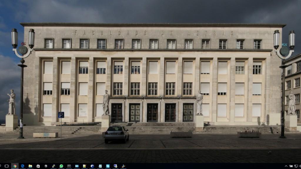 Universidade de Coimbra partilha no Facebook suspensão de aluno por plágio