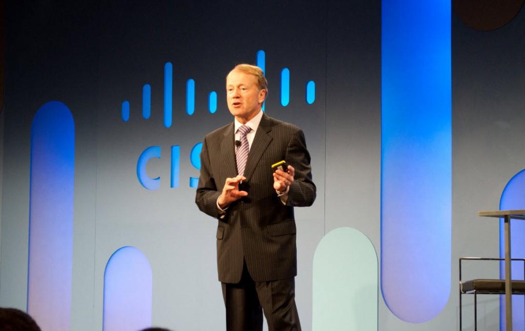 John Chambers discute a nova Era Digital  no Web Summit