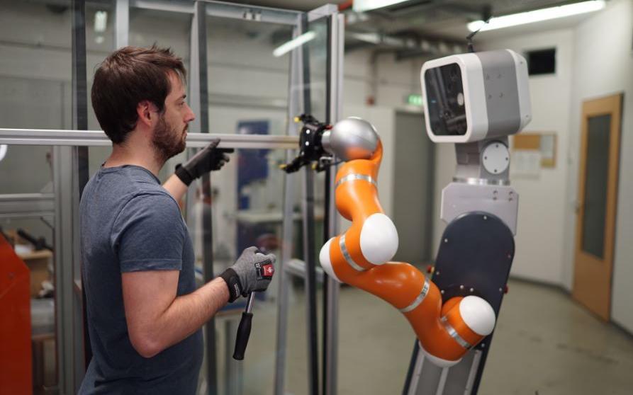 Portugueses desenvolvem robôs para a indústria