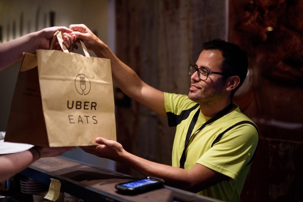 UberEATS: encomenda de comida em Lisboa está a chegar