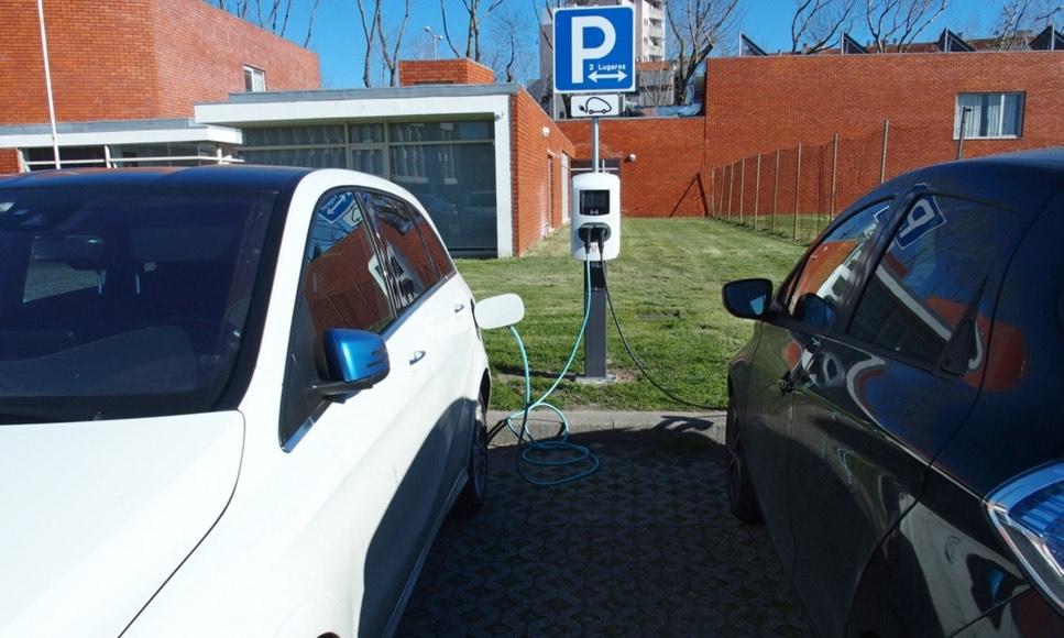 """""""Campi"""" da UA já têm postos de carregamento de veículos elétricos"""